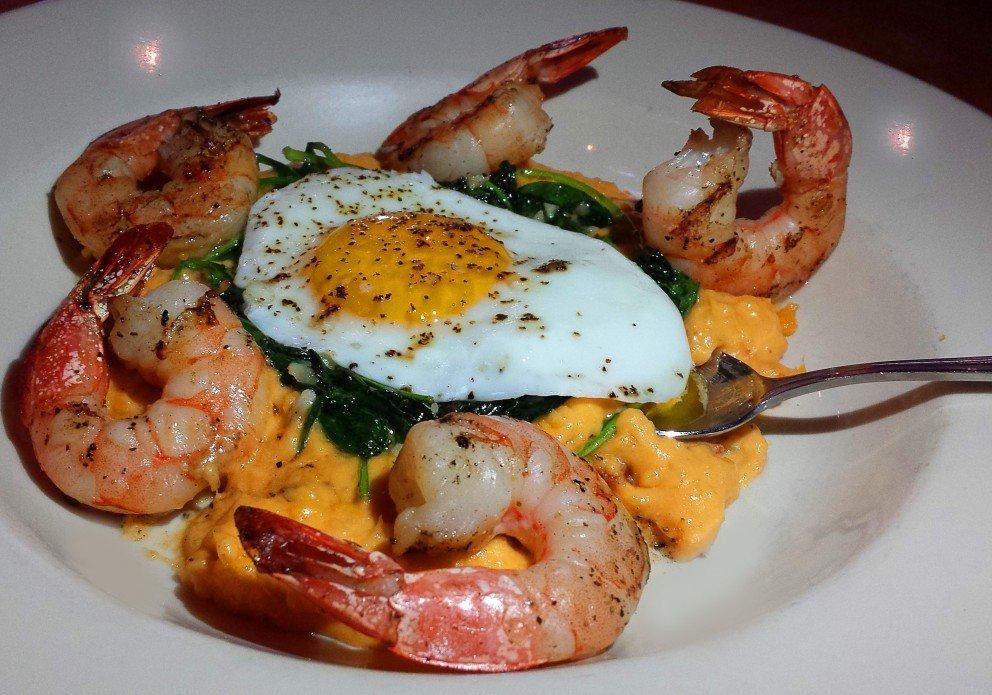 Shrimp 'n' Grits sunny side up