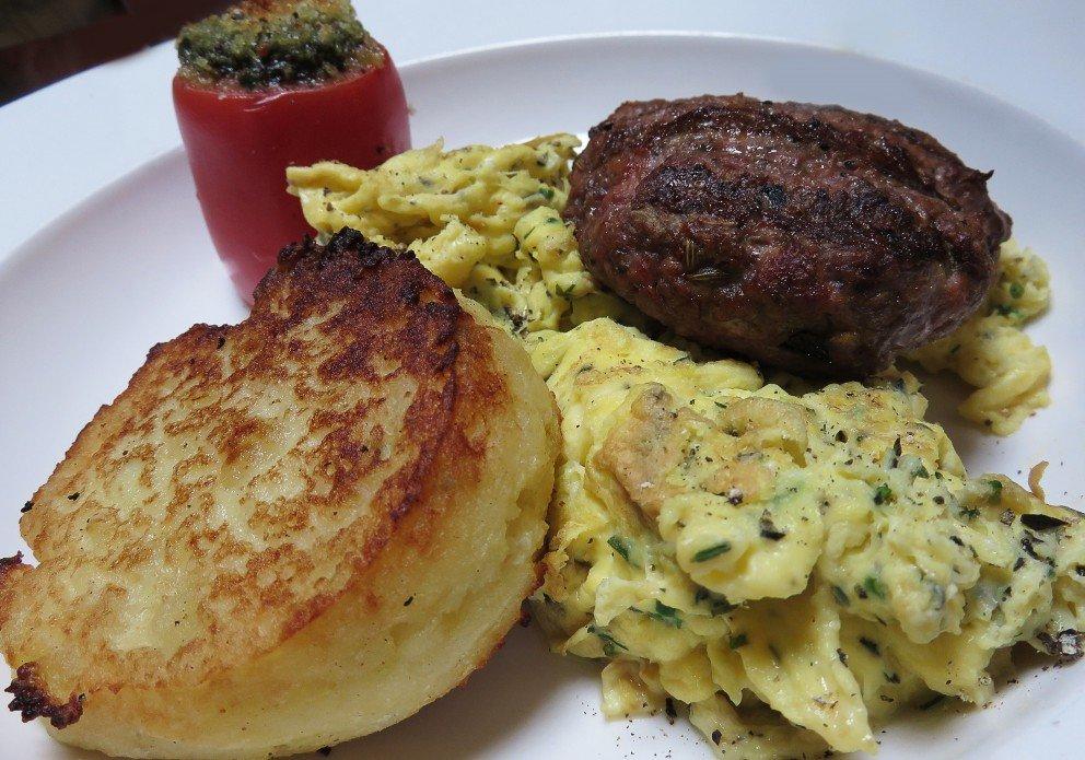 Herbed scrambled, sausage & a potato pancake
