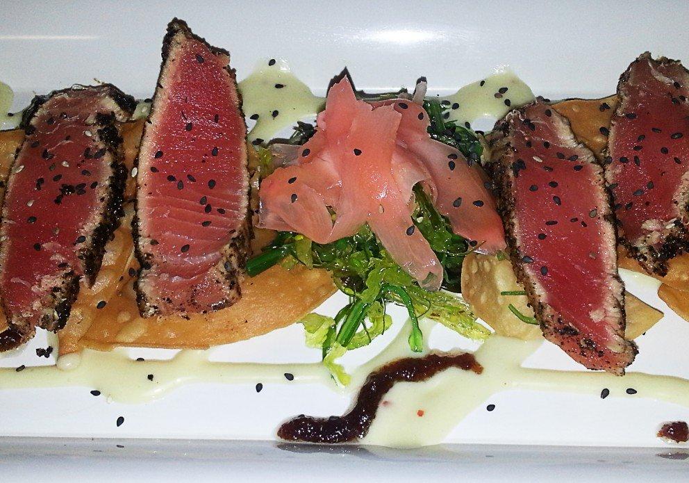 Seared tuna platter