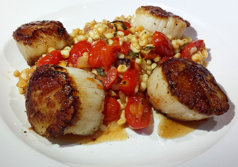 The surf & surf (gotta LOVE those scallops)