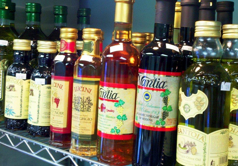 vinegars and oils