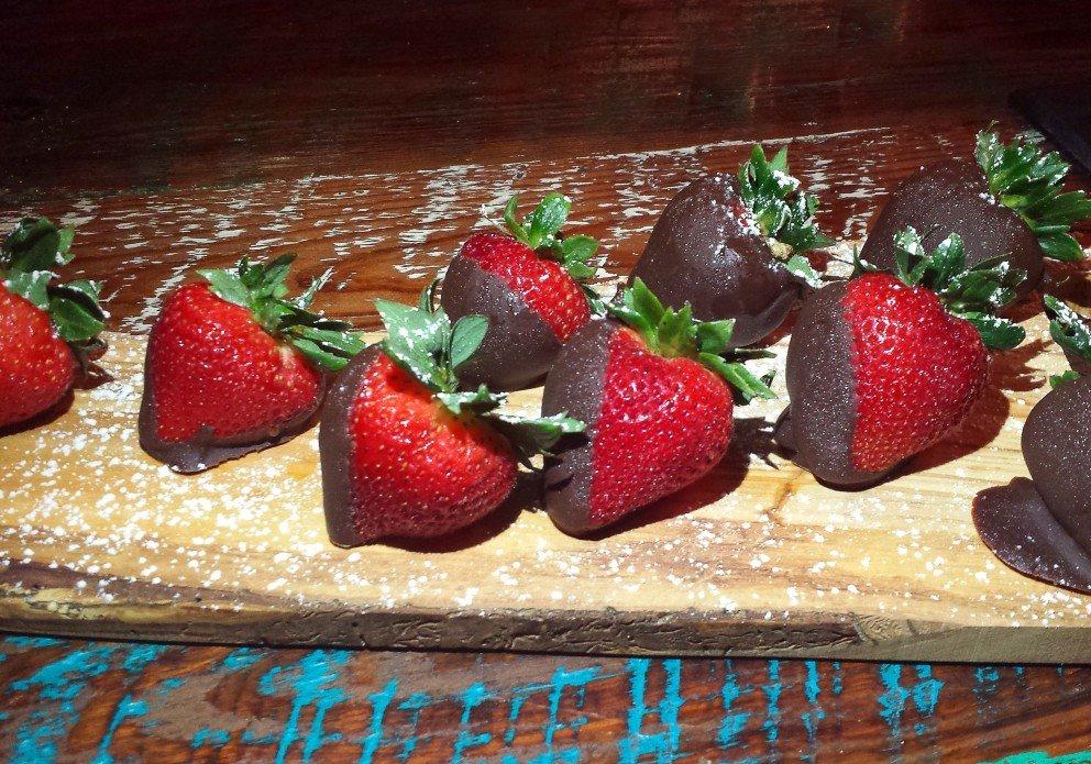 Michy's choc strawberriescrenh