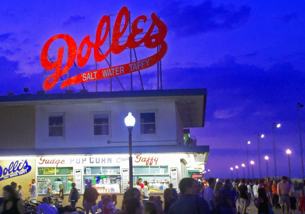 SPLASH Boardwalk-Dolles sign cr enh