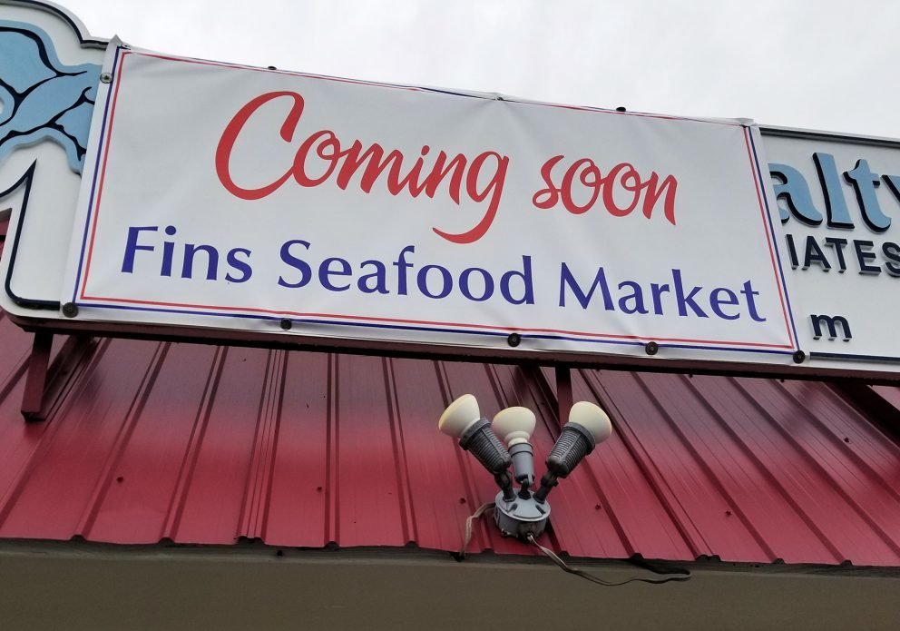 FINS CARRYOUT TEMP SIGNcrenhsized